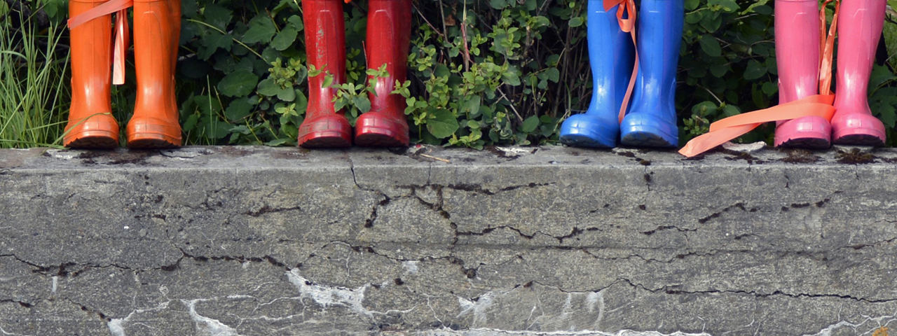Rubber rainboots containing antioxidants for Rubber