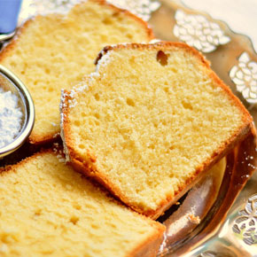 slice of sugar reduced cake; one of the solutionns developed by Caldic Ingredients